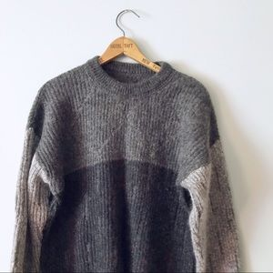 Chunky color block sweater shades of gray